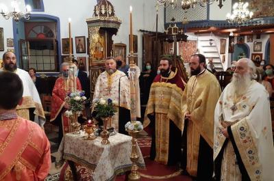 Με λαμπρότητα  τελέστηκε ο πανηγυρικός εσπερινός στον Ιερό Ενοριακό Ναό Αγίου Δημητρίου Ύδρας