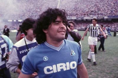 Έφυγε ο Ντιέγκο Μαραντόνα, ο θρύλος του ποδοσφαίρου